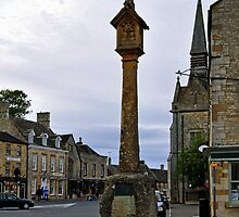 Market Cross, Stow-on-the-Wold  by Rod Johnson