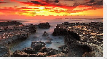 Coolongatta Gold by Mark  Lucey