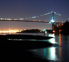 Lions Gate Bridge by jadennyberg