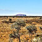 ''Uluru'' From a distance. by bowenite