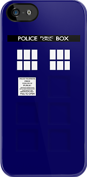 TARDIS by charliebuterfly