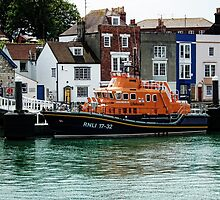 R L N I  Weymouth Lifeboat by lynn carter