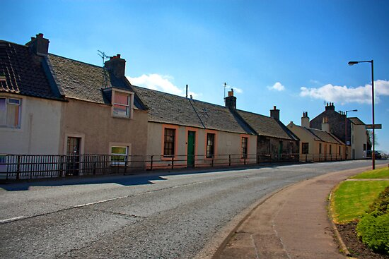 Kirkliston High Street by Tom Gomez