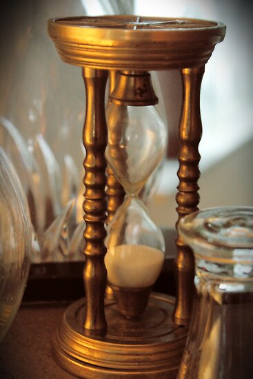 Hourglass by aandm-photo