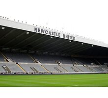 Newcastle United - H'way the Lads   by footypix