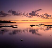 Lake Superior, North Shore, Sunrise. by Michael Treloar