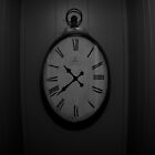 Creepy Clock. by imDuzzy