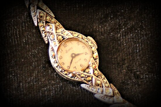 Mum's Old Watch by KarenTregoning