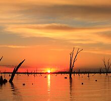 Lake Mulwala sunset by Donovan wilson