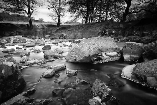 River Lin in winter  by Paul Richards