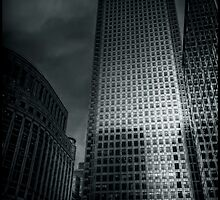 One Canada Square by Alan E Taylor
