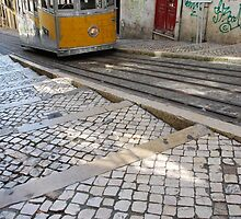 Bica elevator tram in Lisbon by luissantos84