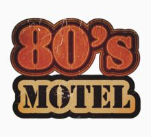 Vintage 80's Motel - T-Shirt by Nhan Ngo