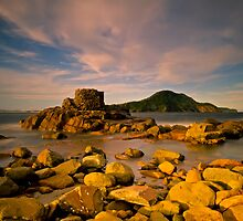 Tomaree Turret by bazcelt