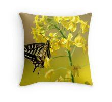 spring swallowtail Throw Pillow