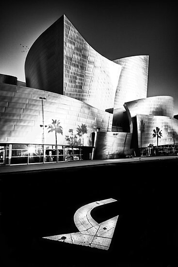 on the edge of Hope Street....(Walt Disney Concert Theater, Los Angeles, CA, USA.) by Russ Styles