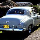 Cuba's collectors cars by Haydee  Yordan