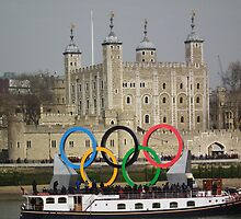 Olympic rings at the Tower of London by Andy Jordan