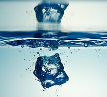 Droplet forming bubbles, underwater by Sami Sarkis