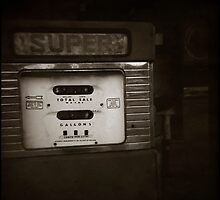 { super retro } by Lucia Fischer