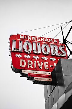 Minnehaha Liquor by Jeff Stubblefield