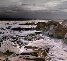 Storm approaching, Noosa by patricksharp