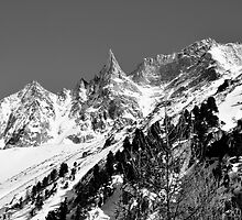 Dent de Tsalion by itchingink