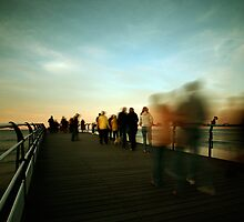 Saltburn - Evening Strollers by PaulBradley