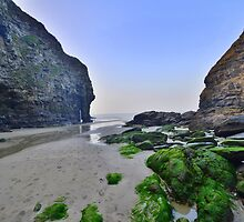 Cornwall: Bossiney Haven by Rob Parsons