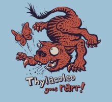 Thylacoleo goes rarr! - megafauna t-shirt by Richard Morden