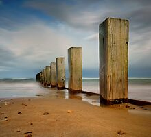 Findhorn Beach Groyne by John Ellis
