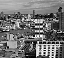London skyline monochrome by Magdalena Warmuz-Dent