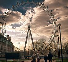 london eye by Adam Glen