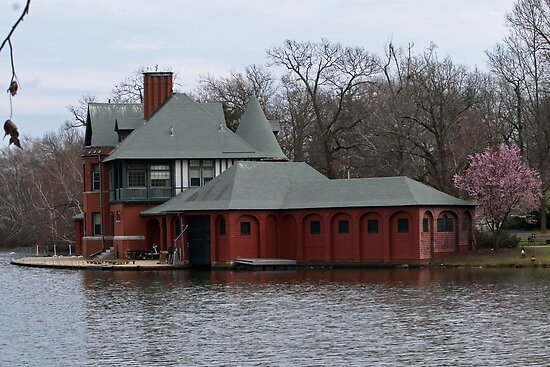 Boathouse at Roger Williams Park by Barry Doherty