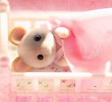 Marshmallow Mouse by Tangerine-Tane