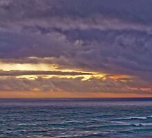 Stormy sunset by tunna