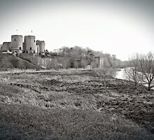 Rhuddlan Castle by Dfilmuk Photos