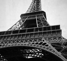 Eiffel Tower by avindiamanta