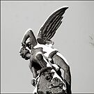 angel sculpture by eduardo berazaluce