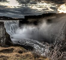 Dettifoss by Roddy Atkinson