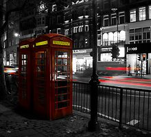 London phonebooth by Nikolas Mavrikakis