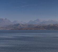 Slioch Panorama by derekbeattie