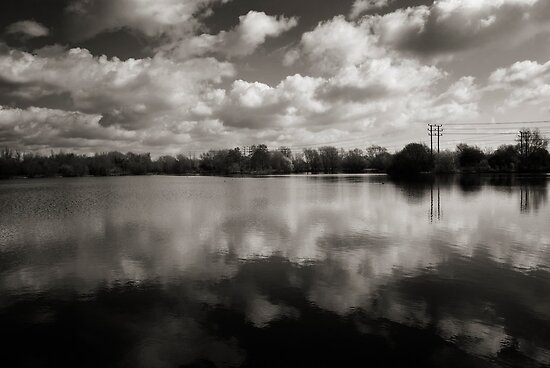Witney Lake by ajgosling