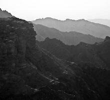 Mountains View by eddiechui