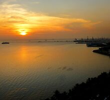 sunset on Manila Bay by supergold