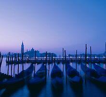 Evening gondolas by zinchik
