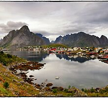 Reine, the pearl of Lofoten Islands by LifePictures