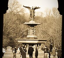 Bethesda fountain  by zinchik