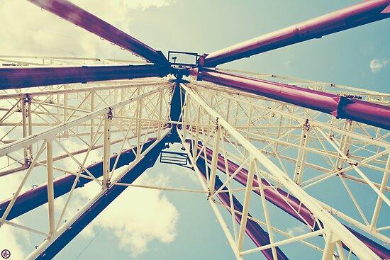 Ferris Wheel by Linda Lees