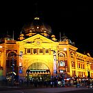 """Flinders Street Station"" by jonxiv"